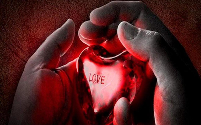 Картинки сердце разрывается от любви, расписать открытку картинка
