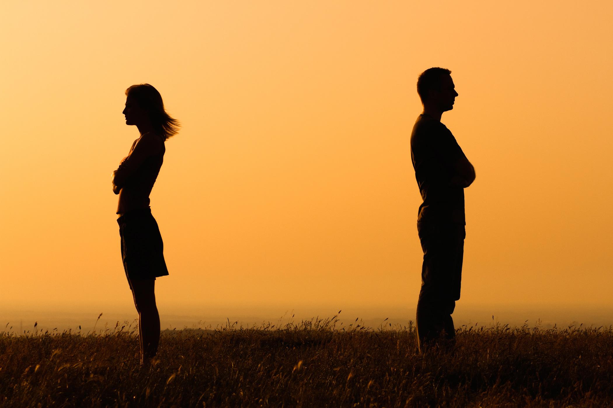 10 sitnih opomena, kada ljubav prestaje……