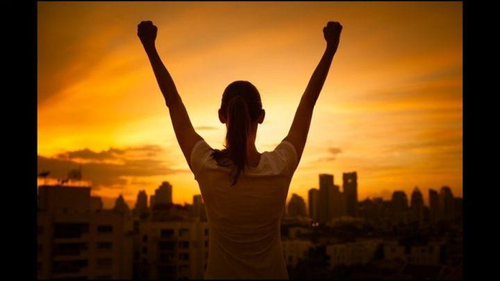 KRENUCU DALJE bez tebe, u inat tebi cu izdrzati SVE i PREZIVECU TE…
